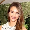 Jessica Alba plays Princess Leia in a live read of The Emperor Strikes Back